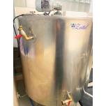 Kasutatud: Mahuti 700L segumikser, jahutus, isoleeritud