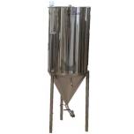 Fermenteerimise ja käärituse 150l jahutussärgiga, roostevaba